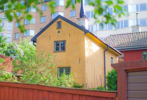 Komplett-sångteknikhuset i Stockholm, Lilla Skinnarviksgränd 1 (t-bana Mariatorget)